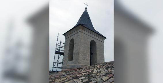 Rénovation de couverture en ardoise du clocher de l'église de Bouëx