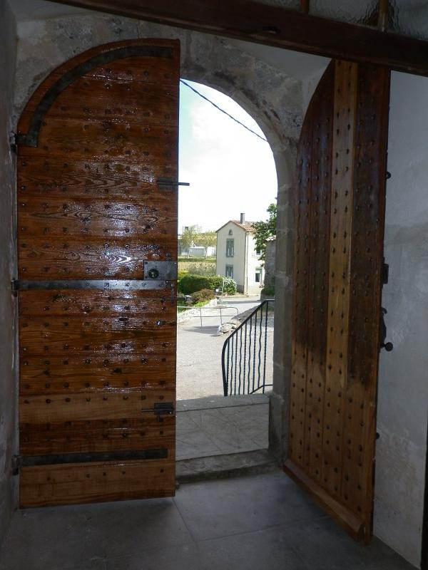 Restauration porte d'église