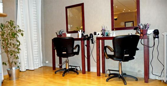 Image Coiffure près de Serquigny (27) un coiffeur visagiste conseil