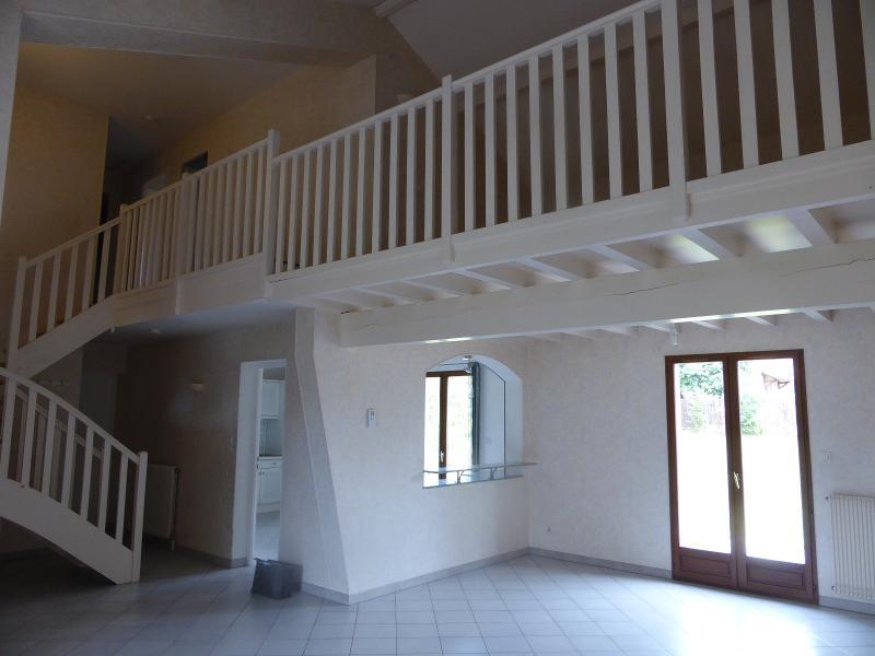 CEYZERIAT location villa