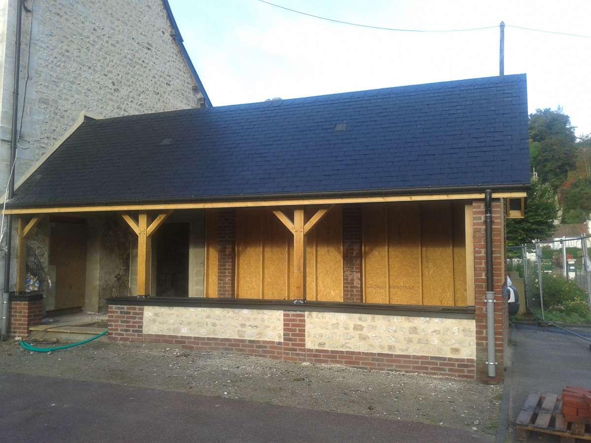 Restauration d'un auvant Mairie Val de la Haye