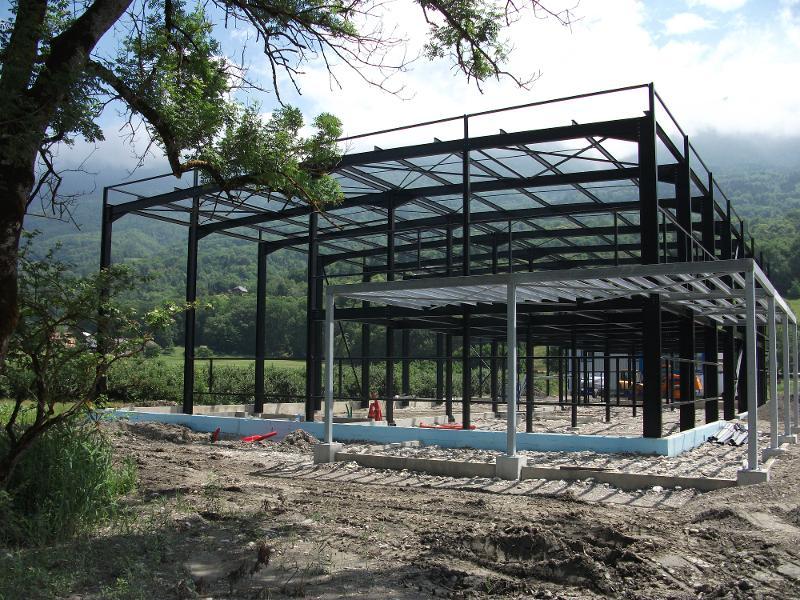 Charpente métallique bâtiment agricole en Savoie