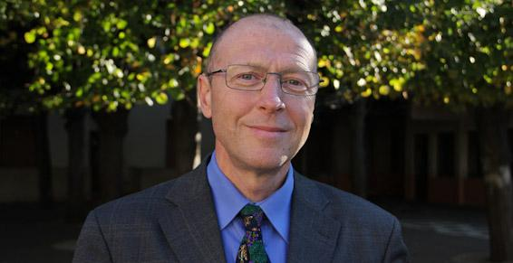 M. Meunier, chef d'établissement du collège et du lycée.