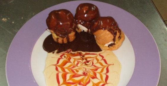 Profiteroles chocolat  Restaurant - Le Ratelot à La Trinité