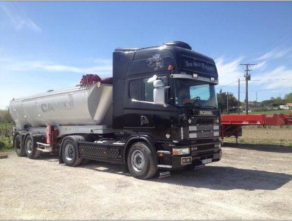 Camion et semi pour transport