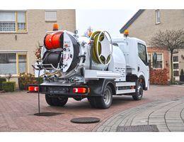 camions-equipes-camion-de-curage-rom-smart-combi-debouchage-nettoyage-haute-pression