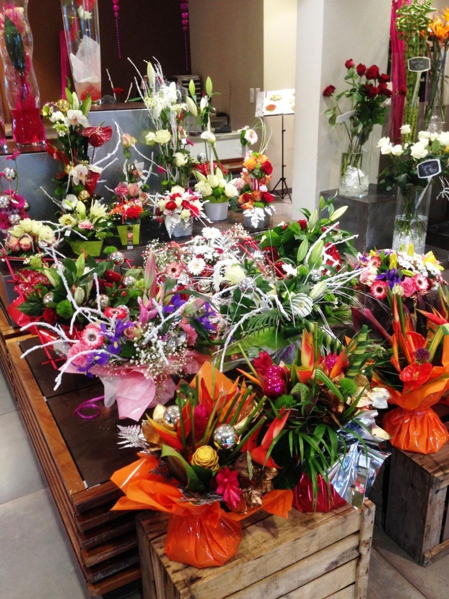 Roses et fleurs coupées