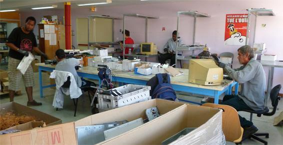"""Inter"""" Val Réunion  gestion des déchets professionnels"""