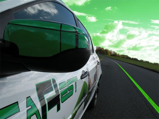 Un design futuriste pour les véhicules de l'auto-école Educarest à Metz  (57)