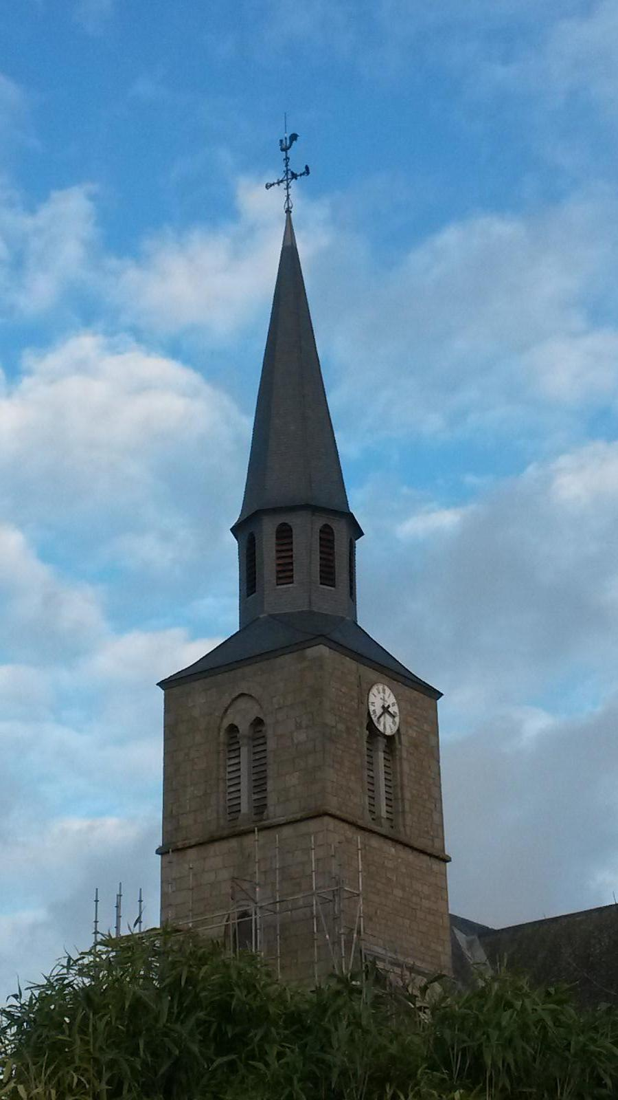 Clocher de l'église de MARTIGNÉ SUR AYENNE