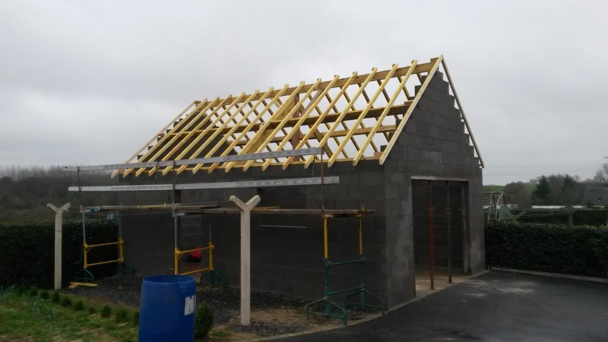 Couverture bâtiment AG RENOV' à Martigné-sur-Mayenne en Mayenne (53)