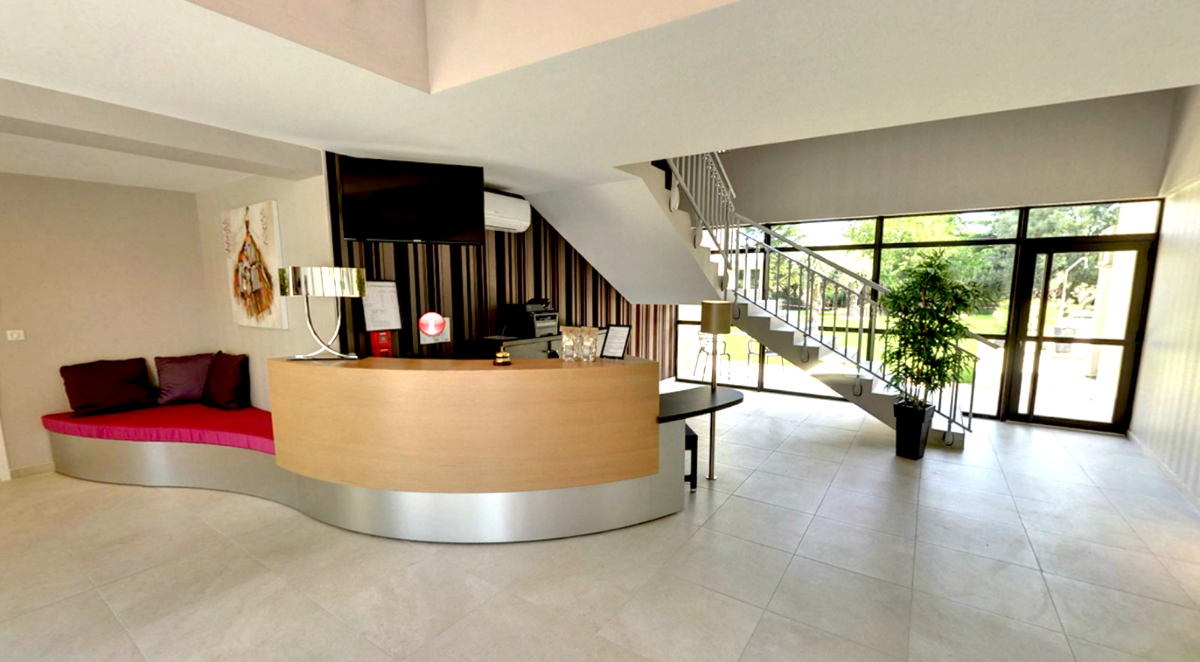 Hall d'entrée hôtel - J.guerguy/G. Delor/ A. Fargot