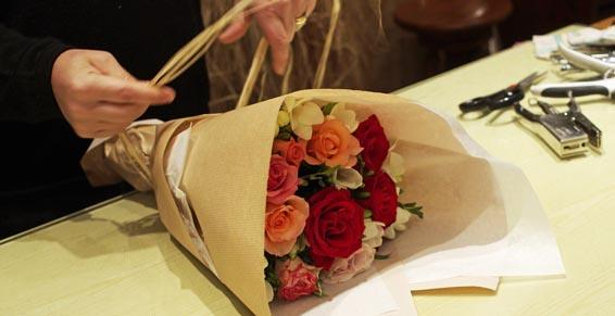 Fleuriste - emballage bouquet