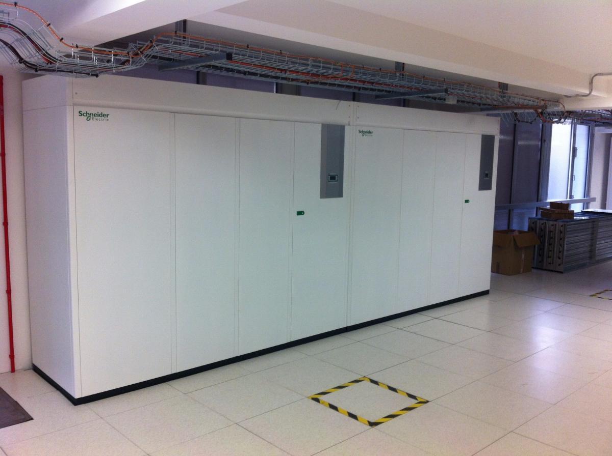 Mise en place de climatiseurs dans une salle DATA Center à Paris