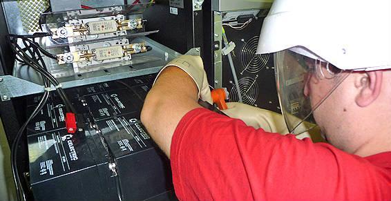 Spécialiste de la mise en place d'onduleurs et batteries industrielles