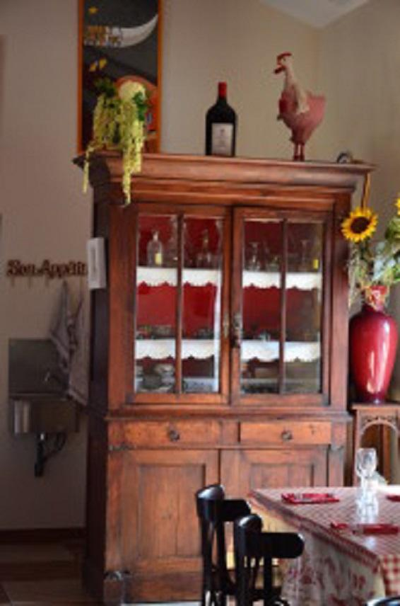 Décoration intérieure avec des meubles anciens dans les Landes (40)