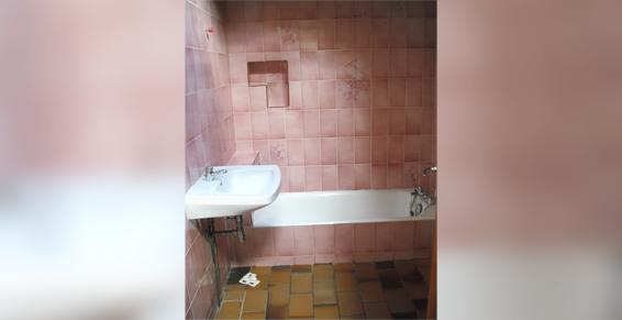 Salle de bain avant - Faverois