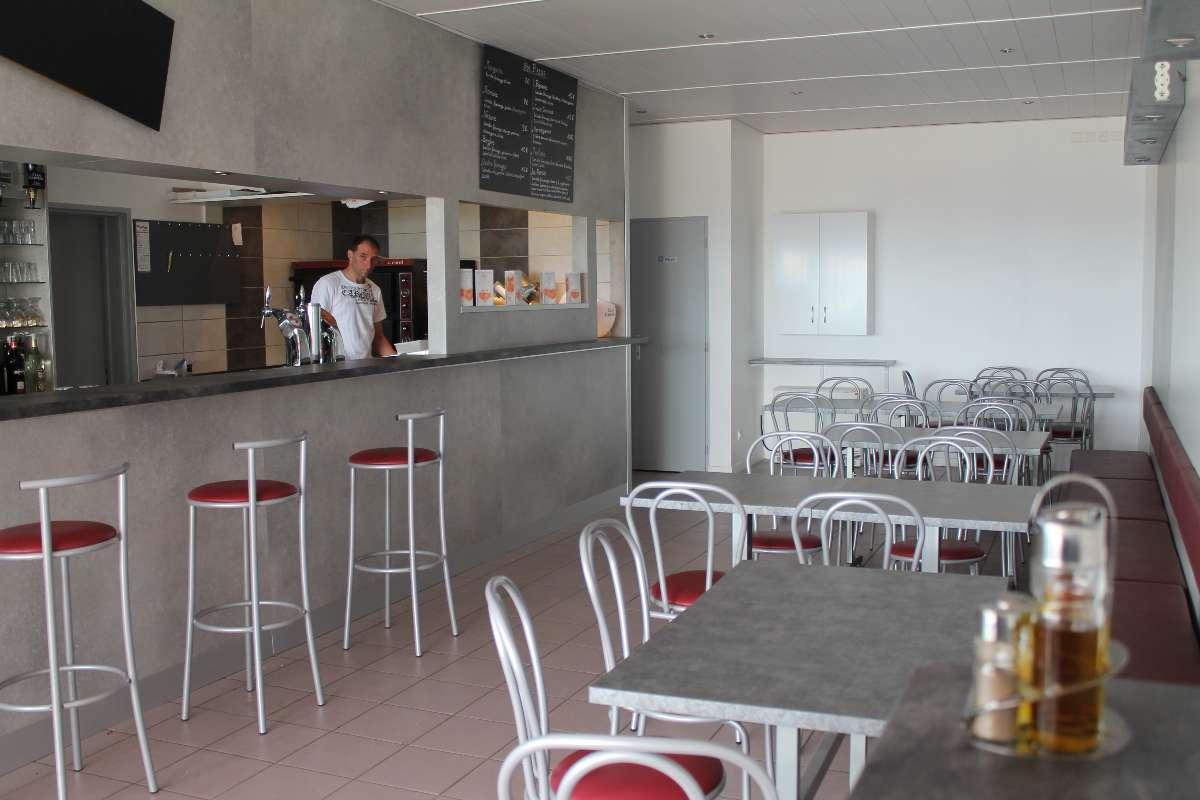 Salle intérieure - Le Bistro - Bar tabac restaurant à Montfaucon (25)