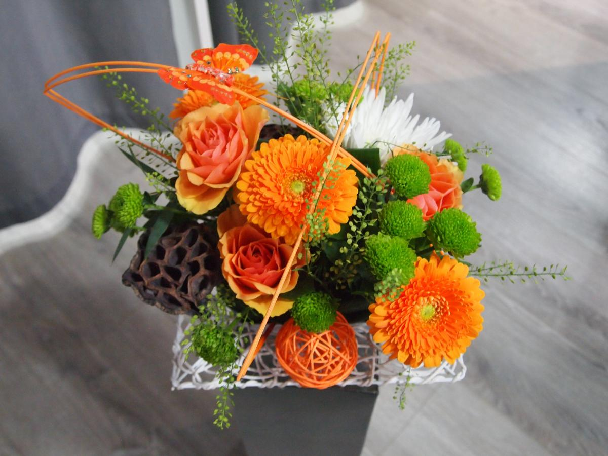 Composition orange: 28€