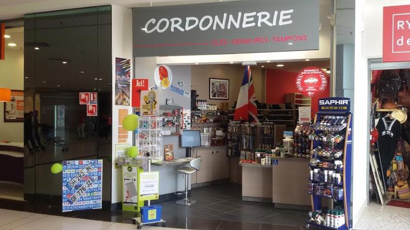KTS-Service-de-cordonnerie-Keating-Thomas-Cordonnerie-Rennes-Saint-gr