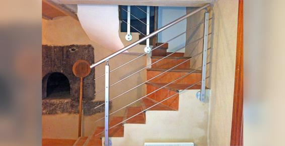 Cessenon-sur-Orb - Escaliers et garde-corp