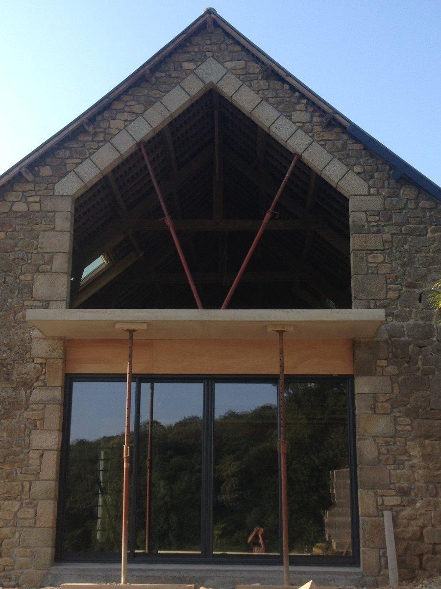 Ouverture en pignon de granit étage Le Chatellier