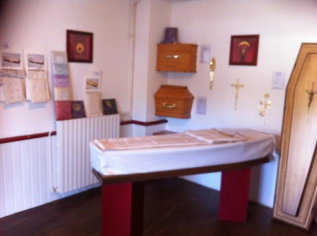 Exposition pompes funèbres bourdet à Malestroit (56)