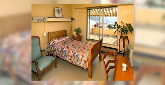 maison de retraite - chambre