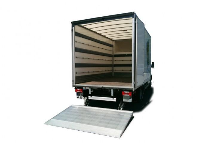 Location camion déménagement 2O m3 Hayon Briançon Embrun .JPG