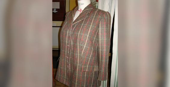 Couture Lisatoki à Saint-Jean-de-Luz (64) propose la confection sur mesure de vêtements féminins et masculins