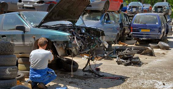 Casses automobiles - Récupérer des pièces de voitures