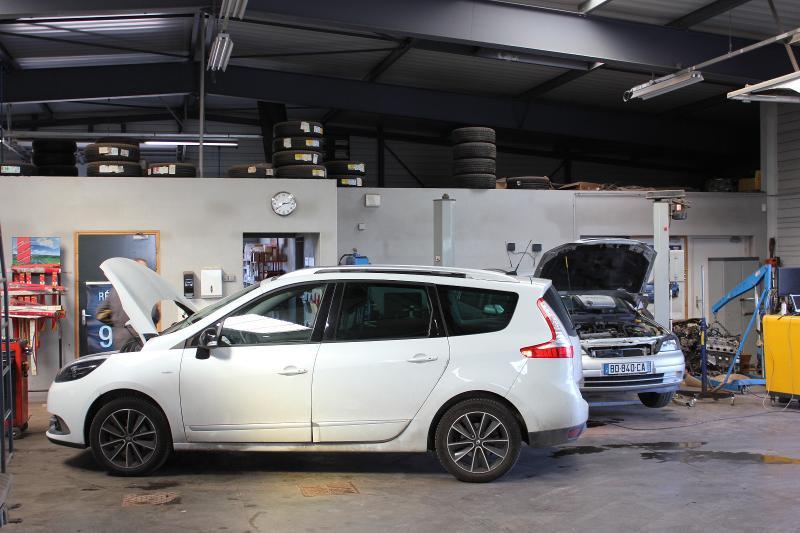 Carrosserie Peinture Renault à Laillé (35)