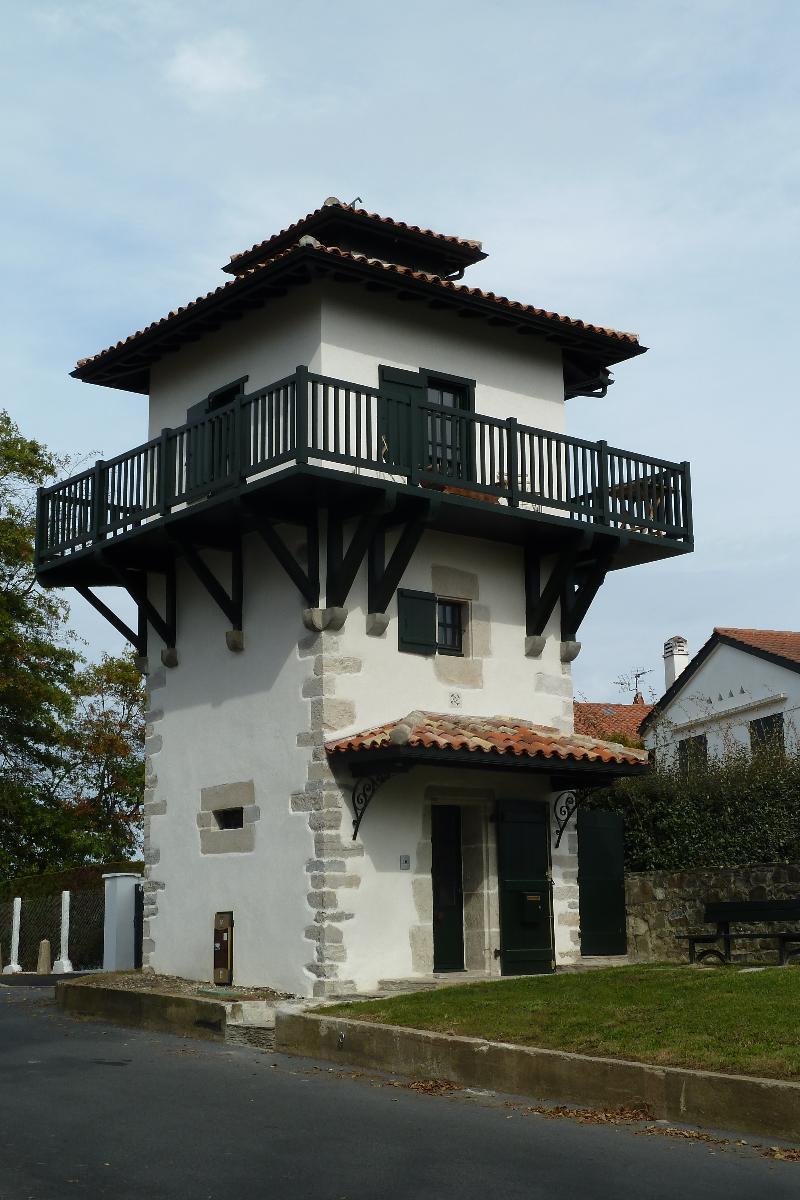 Tour Chappe CIBOURE - Architecte C. De Buhan.JPG