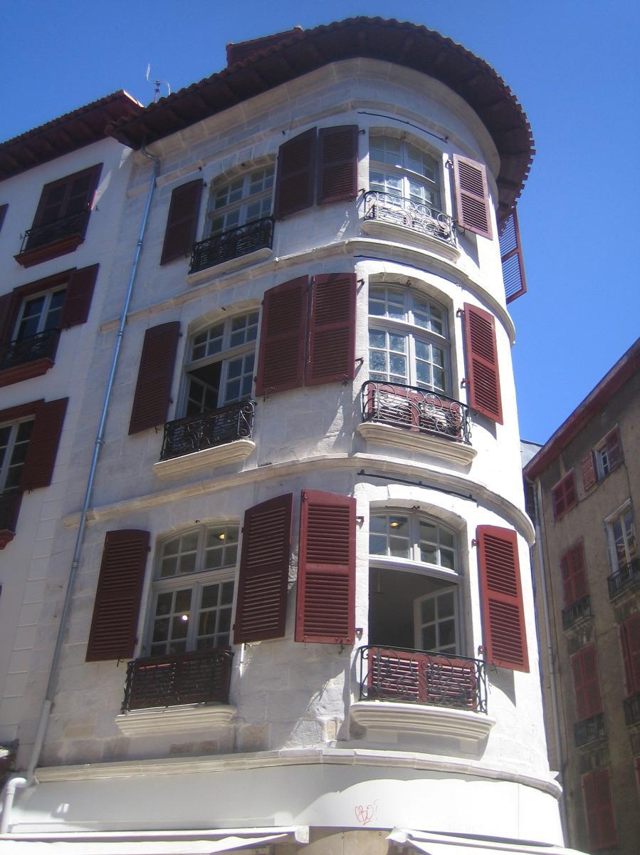 Enduits de façades- 12 Port de Castets Bayonne