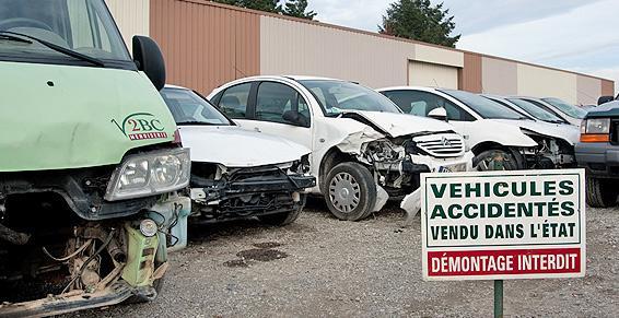 Véhicules en épave vendus en l'état chez RECUPER' AUTO.