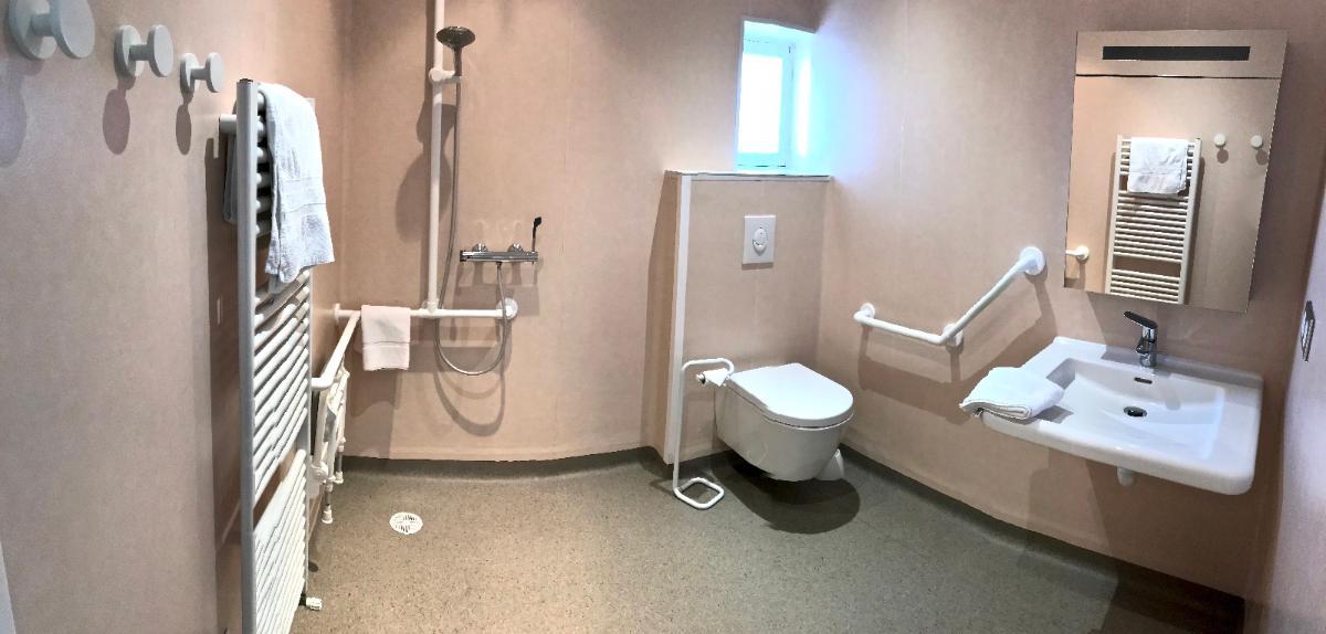 Salle de bain non aménagée