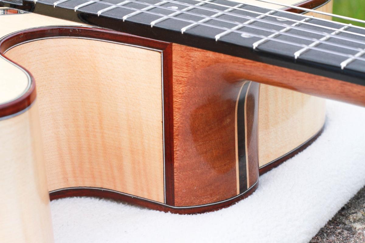 Guitare nylon GN2011156