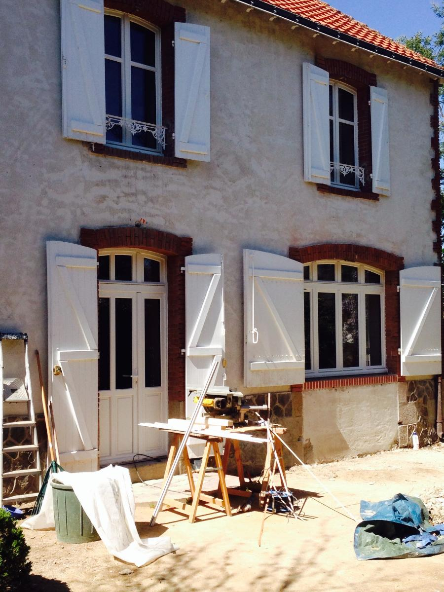 fenêtres bois sur mesure -rénovation-volets bois