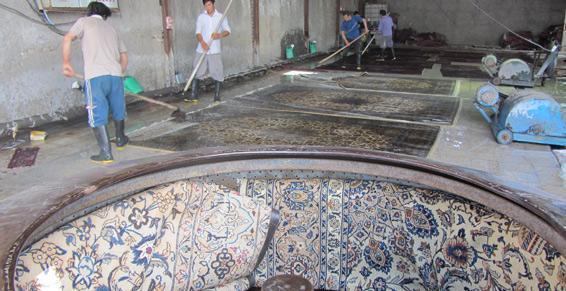 Essorage de tapis après lavage