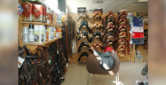 Cavaland Sellerie à Crolles près de Grenoble: tout pour les chevaux