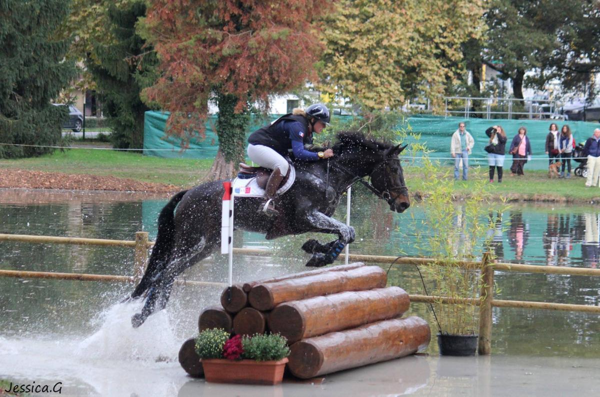 Chloé Pichet - Instructrice - cours chevaux, propriétaires