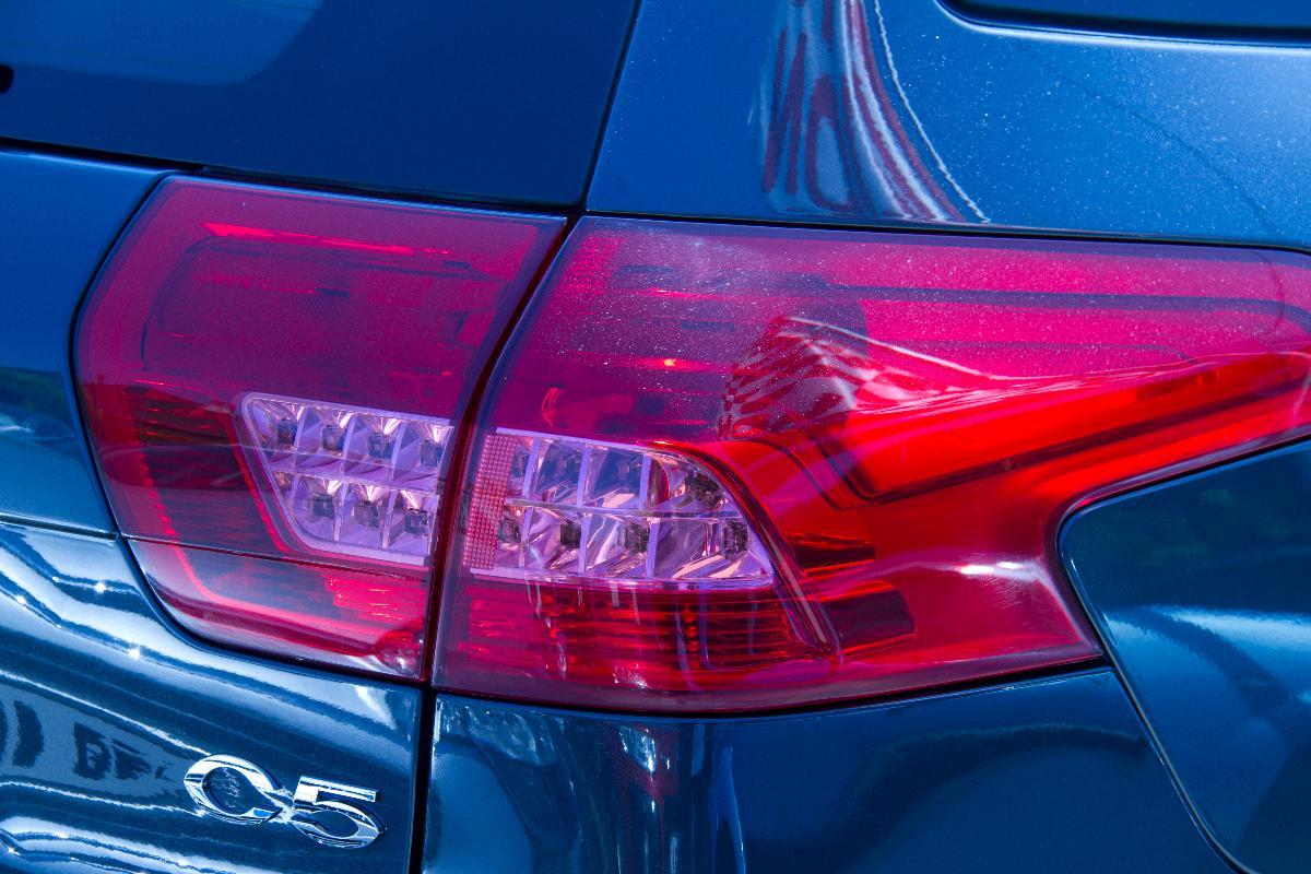 Du feu de stop à l'ampoule, tous les optiques automobiles